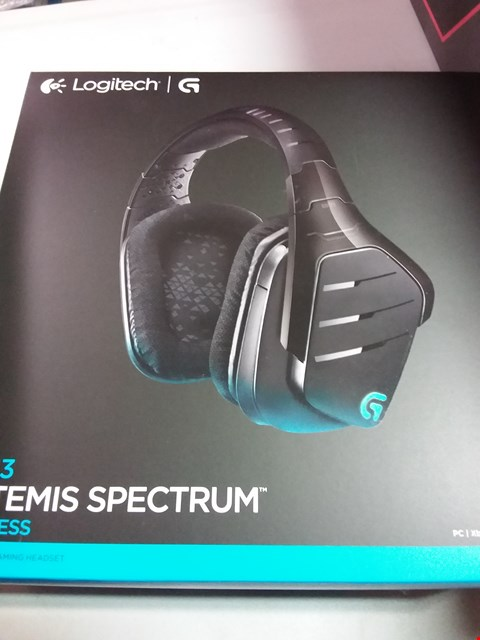 Lot 12200 LOGITECH G933 ARTEMIS SPECTRUM WIRELESS HEADPHONES