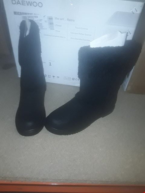 Lot 2231 LOT OF 3 BRAND NEW BLACK ELEANOR SUEDE BOOTS SIZE 4 RRP £75