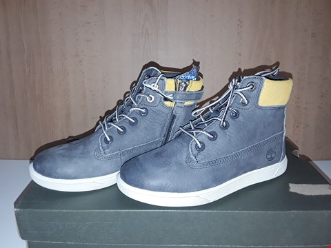 Lot 12736 BOXED TIMBERLAND GROVETON GREY/YELLOW LACE/ZIP UP TRAINERS UK SIZE 12 JUNIOR