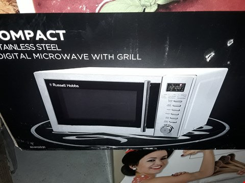 Lot 12700 RUSSELL HOBBS RHM2031 COMPACT MICROWAVE