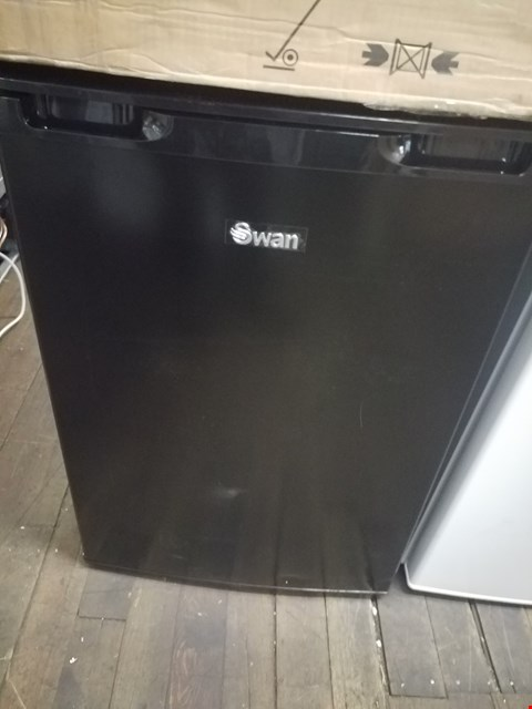 Lot 8549 SWAN BLACK UNDER COUNTER FREEZER SR70180B RRP £149.99