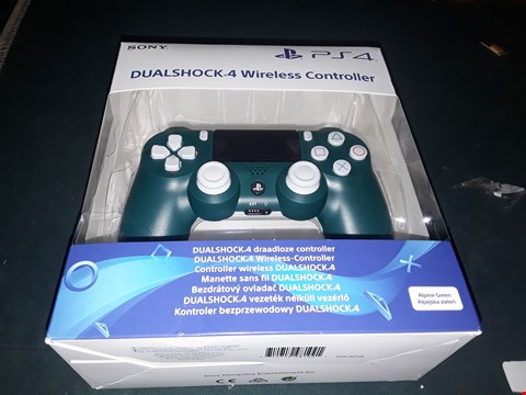 Lot 7007 BOXED SONY PLAYSTATION 4 ALPINE GREEN DUALSHOCK WIRELESS CONTROLLER  RRP £62.99