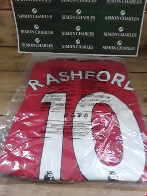 Lot 112 DESIGNER RED FABRIC MANCHESTER UNITED REPLICA FOOTBALL SHIRT SIZE S