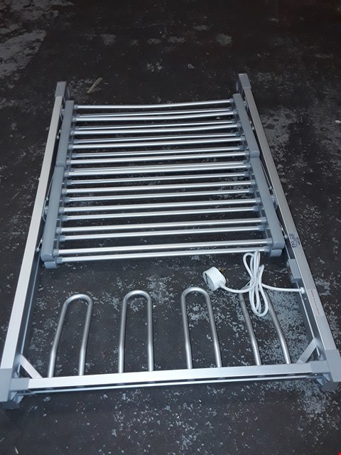 Lot 537 2 TIER HEATED AIRER