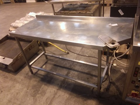 Lot 4028 STAINLESS STEEL FOOD PREPARATION UNIT