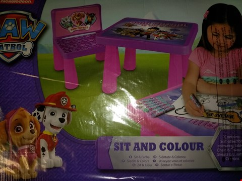 Lot 8515 BOXED GRADE 1 PAW PATROL GIRLS SIT AND COLOUR TABLE AND MY LITTLE PONY 3 PACK COLOUR YOUR OWN BAG SET RRP £42.00