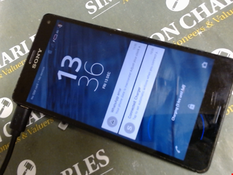 Lot 594 SONY XPERIA Z5 DUEL SMART PHONE