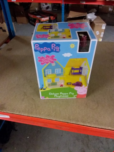Lot 11566 PEPPA PIG DELUX PLAYHOUSE