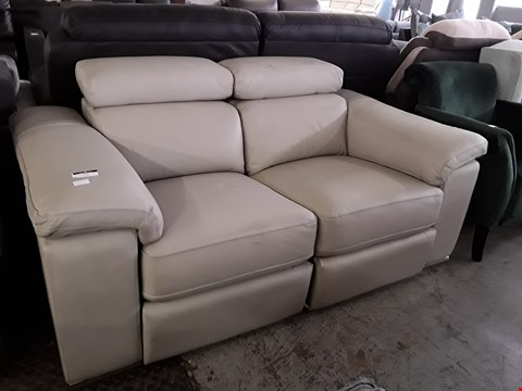 Lot 19 DESIGNER BEIGE LEATHER POWER RECLINING ITALIAN STYLE TWO SEATER SOFA WITH ADJUSTABLE HEADRESTS