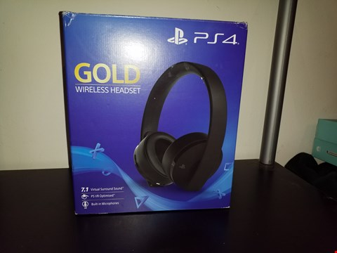 Lot 9043 PLAYSTATION 4 GOLD WIRELESS HEADPHONES RRP £89.99