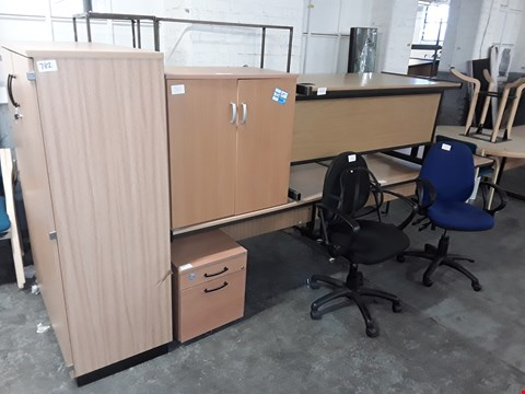 Lot 782 LOT OF 9 ASSORTED OFFICE FURNITURE ITEMS INCLUDES 3 DESKS, 2 CHAIRS, 1 DRAWERED CABINETS AND 3 STORAGE UNITS