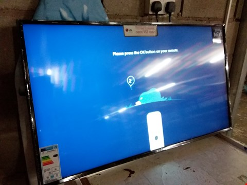 "Lot 197 BOXED LG 43LK5900PLA 43"" HD TV"