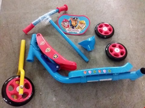 Lot 2090 PAW PATROL SIT AND GO 2 IN 1 SCOOTER  RRP £41.99