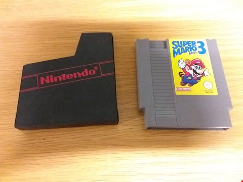 Lot 105 SUPER MARIO BROS. 3 NES GAME WITH CASE