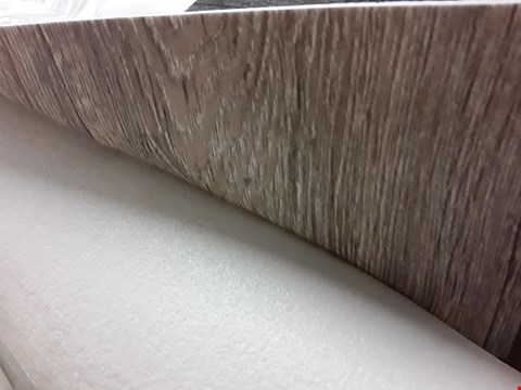 Lot 289 ROLL OF GREY WOOD EFFECT VINYL FLOORING 4M × SIZE UNSPECIFIED