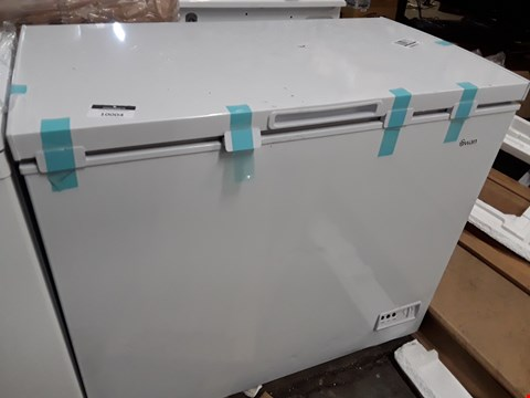 Lot 10004 SWAN SR4170W 192L CHEST FREEZER IN WHITE