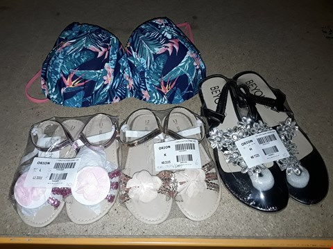 Lot 63 BOX OF APPROXIMATELY 13 ASSORTED CLOTHING & FOOTWEAR ITEMS TO INCLUDE GIRLS GLITTER STRAP SANDALS S12, TOE POST BLING WEDGES S6, WILD BLOSSOM RUCHED BIKINI TOP