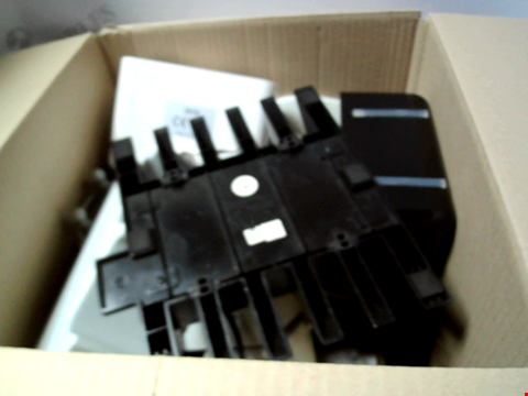 Lot 6229 BOX OF ASSORTED CHARGING STATIONS ETC