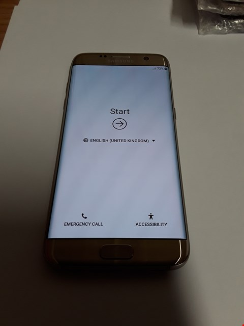 Lot 628 SAMSUNG GALAXY S7 EDGE 32GB MOBILE PHONE - GOLD