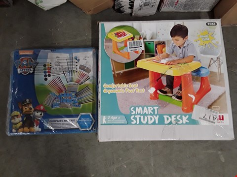 Lot 2449 LOT OF 2 ASSORTED GRADE 1 ITEMS TO INCLUDE SMART STUDY DESK, PAW PATROL COMPLETE ART CASE RRP £54