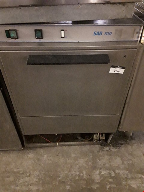 Lot 2116 SAB 700 SERIES UNDERCOUNTER DISHWASHER