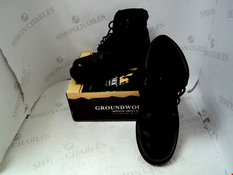 Lot 66 BOXED PAIR OF DESIGNER GROUNDWORK HARDCORE STEEL TOE CAP BOOTS - UK SIZE 8