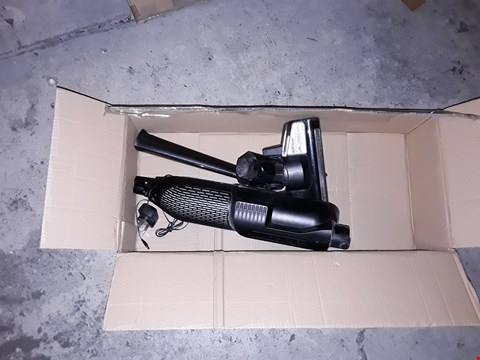 Lot 1104 BOSCH ATHLET 18V VACUUM CLEANER