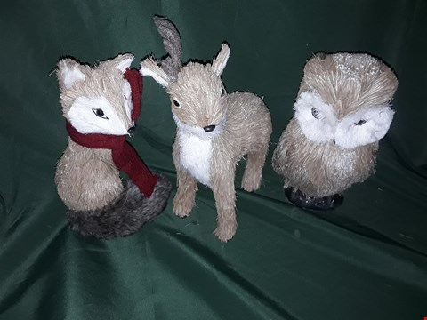 Lot 4547 BRISTLE FOX, REINDEER AND OWL WOODLAND ANIMALS CHRIST
