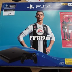 Lot 37 BOXED SONY PLAYSTATION PS4 500GB WITH CONTROLLER ( NO GAME INCLUDED )