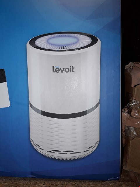 Lot 641 LEVOIT LV-H132 COMPACT HEPA AIR PURIFIER