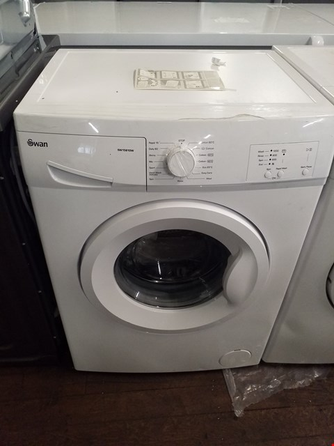 Lot 8551 SWAN SW1580W WHITE 6KG WASHING MACHINE RRP £269.99