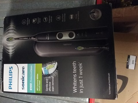 Lot 381 PHILIPS SONICARE AUTOMATIC TOOTH BRUSH