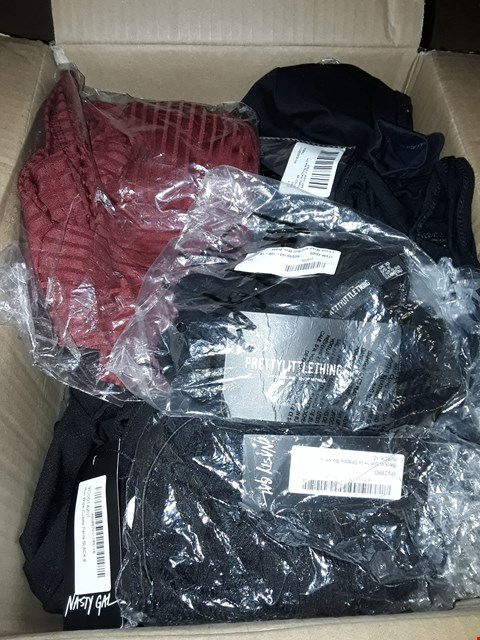 Lot 78 LOT OF APPROXIMATELY 20 CLOTHING ITEMS FROM BOOHOO, MISGUIDED AND PRETTY LITTLE THING