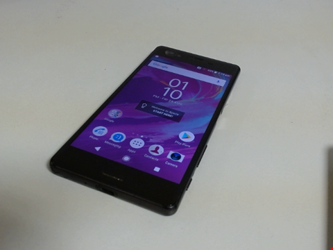 Lot 5103 SONY XPERIA F5121 32GB ANDROID SMART PHONE