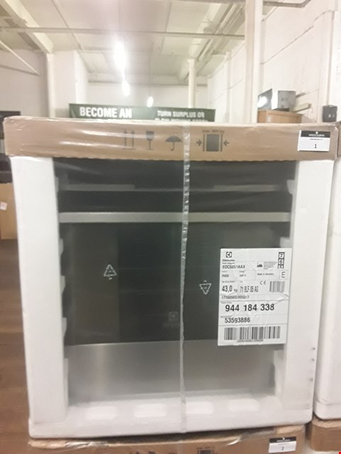 Lot 1 ELECTROLUX TOUCH CONTROL MULTIFUNCTION STAINLESS STEEL OVEN EOC5851AAX RRP £608