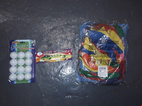 Lot 782 CAGE OF ASSORTED TOY ITEMS TO INCLUDE SPORTLINE TABLE TENNIS BALLS,DINO GLIDERS, A BAG OF BALLOONS ETC