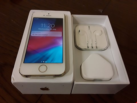 Lot 9001C BOXED APPLE IPHONE 5S 16GB IN GOLD