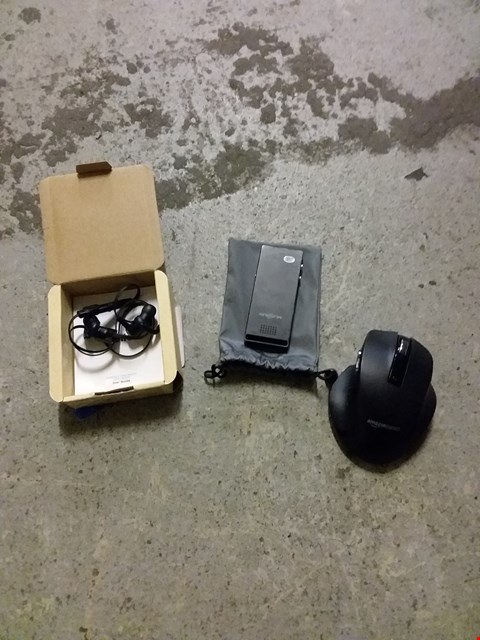 Lot 414 BOX OF ASSORTED ITEMS TO INCLUDE TADTRONICS EARPHONES, AMAZON BASICS MOUSE, musrun mp3 player etc