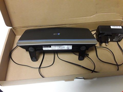 Lot 4574 BOXED BT HOME HUB 5 TYPE 8 WIRELESS ROUTER