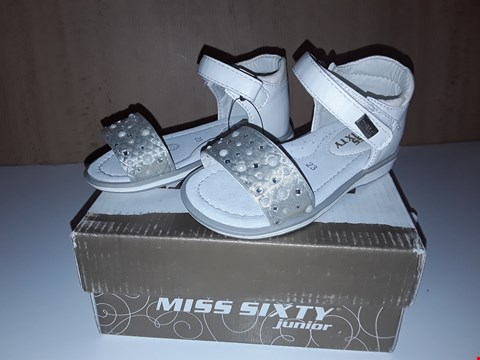Lot 12676 BOXED MISS SIXTY JUNIOR WHITE HEELED VELCRO STRAP SANDALS UK SIZE 6 JUNIOR