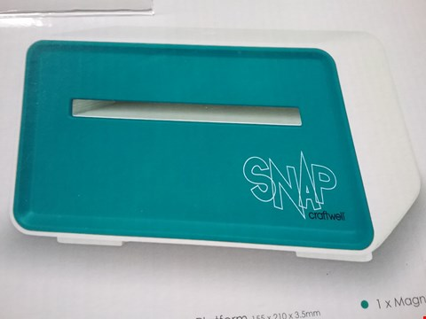 Lot 7962 BOXED CRAFTWELL SNAP MACHINE