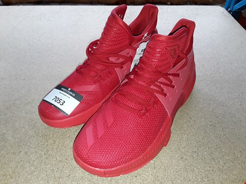 Lot 7053 RED ADIDAS BOUNCE TRAINERS SIZE 7