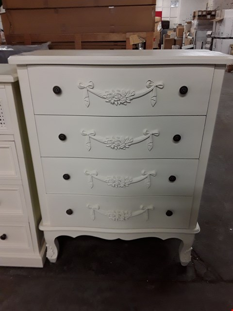 Lot 567 DECORATIVE 4 DRAWER LARGE WHITE CHEST