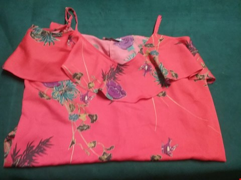 Lot 44 OASIS RED FLORAL TOP SIZE 16