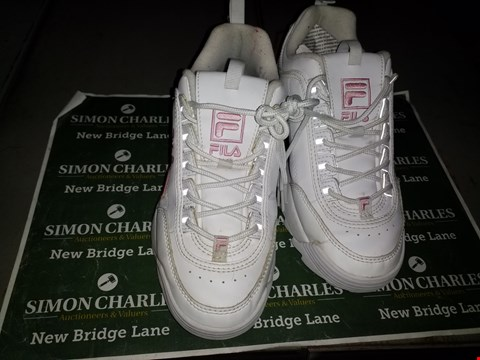 Lot 9137 PAIR OF DESIGNER WHITE/PINK FILA TRAINERS UK SIZE 6.5