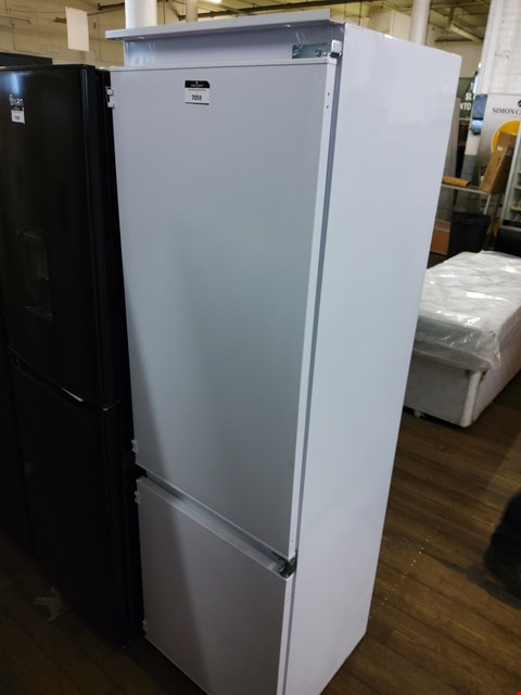 Lot 7059 SWAN INTEGRATED FRIDGE FREEZER