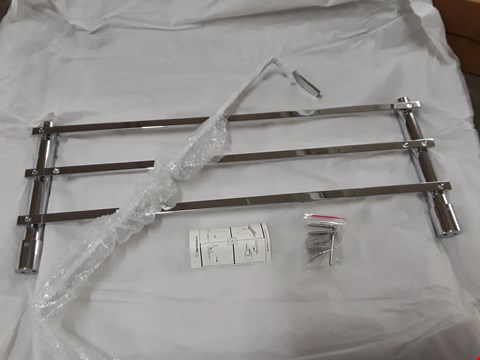 Lot 509 SECTION 580 CHROME TOWEL RACK WITH RAIL