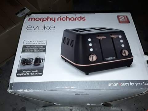 Lot 659 MORPHY RICHARDS EVOKE 4 SLICE TOASTER SPECIAL EDITION 240114 BLACK AND ROSE GOLD FOUR SLICE TOASTER