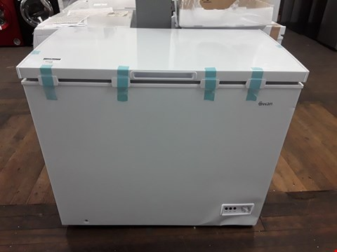 Lot 9009 SWAN 192-LITRE CHEST FREEZER - WHITE