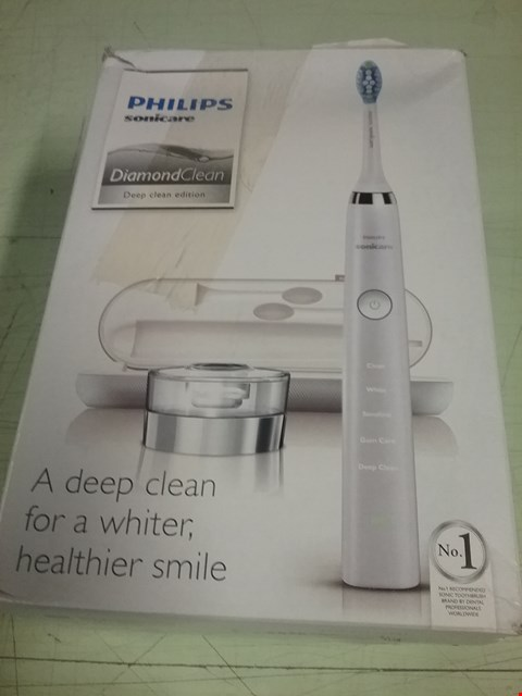 Lot 8277 PHILIPS DIAMOND CLEAN DEEP CLEAN EDITION